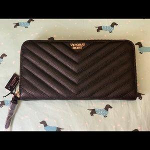 Brand new wallet Victoria's secret
